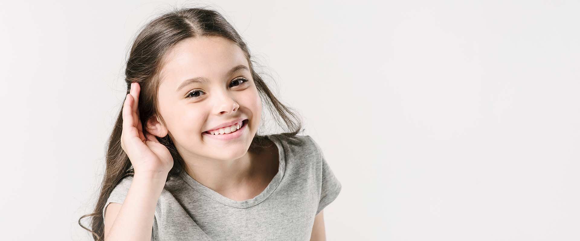 بررسی شنوایی کودکان و تجویز سمعک مناسب